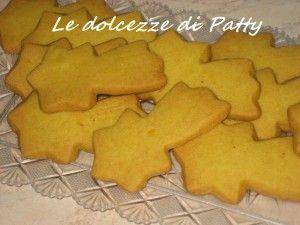 COMETE E PIANETI DI FROLLA - Qui la #ricetta #BlogGz: http://blog.giallozafferano.it/sanpatty/comete-e-pianeti-di-frolla-ricetta-biscotti/ #GialloZafferano #merenda #colazione #biscotti #frolla