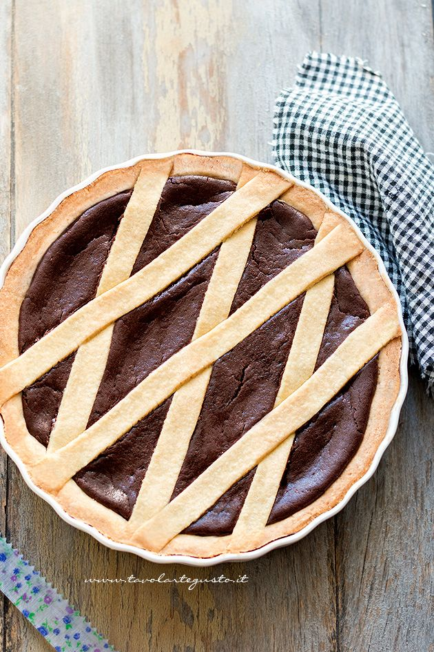 ... chocolate shortbread pastry tart ...