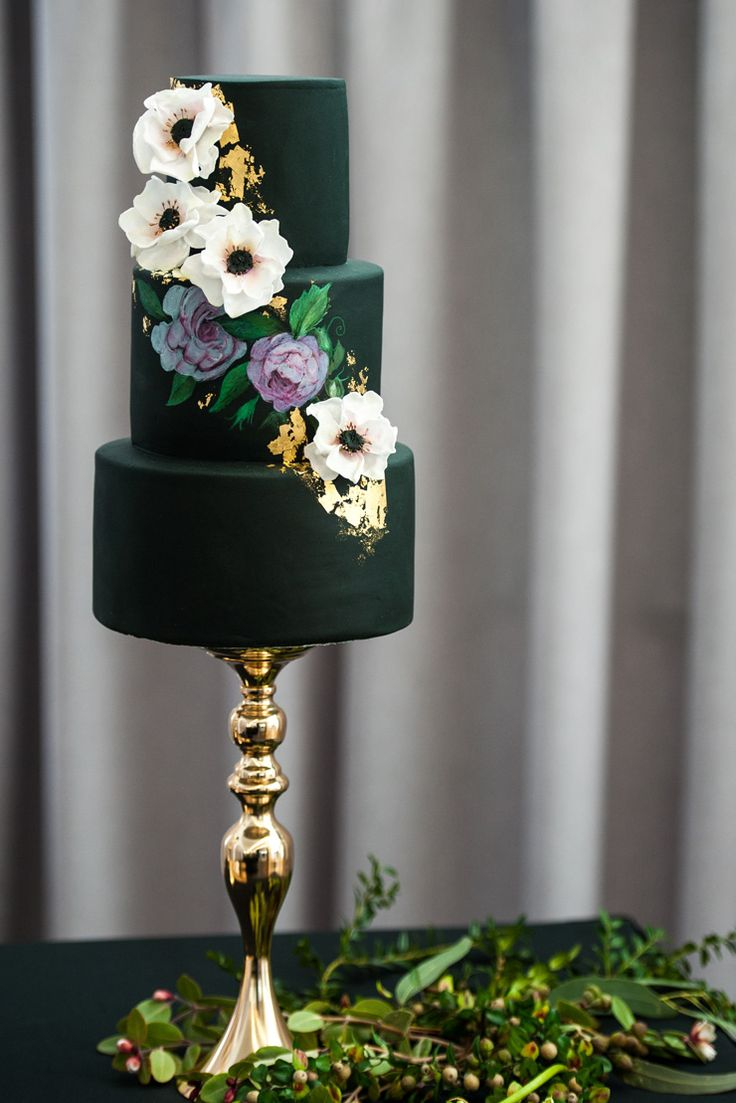 Elegant wedding cake with handpainted purple flowers, sugar anemones and gold foil | Natasha Dupreez Photography