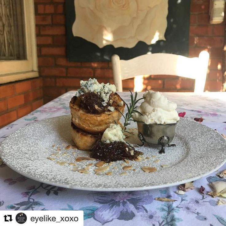 #Repost @eyelike_xoxo  Roses are red violets are blue the scones are warm...we love food  Toasted scone with sugared rose petals blue cheese and cream! New addition to menu #rosehurst #cafe #coffeeshop #coffee #scone #bluecheese #pmb #yummyfood #foodie #cheese #lovemyjob #oldbuildings #vintage #fresh #roses #rosegarden #new #food #desserts #bonappetite #teagarden #garden