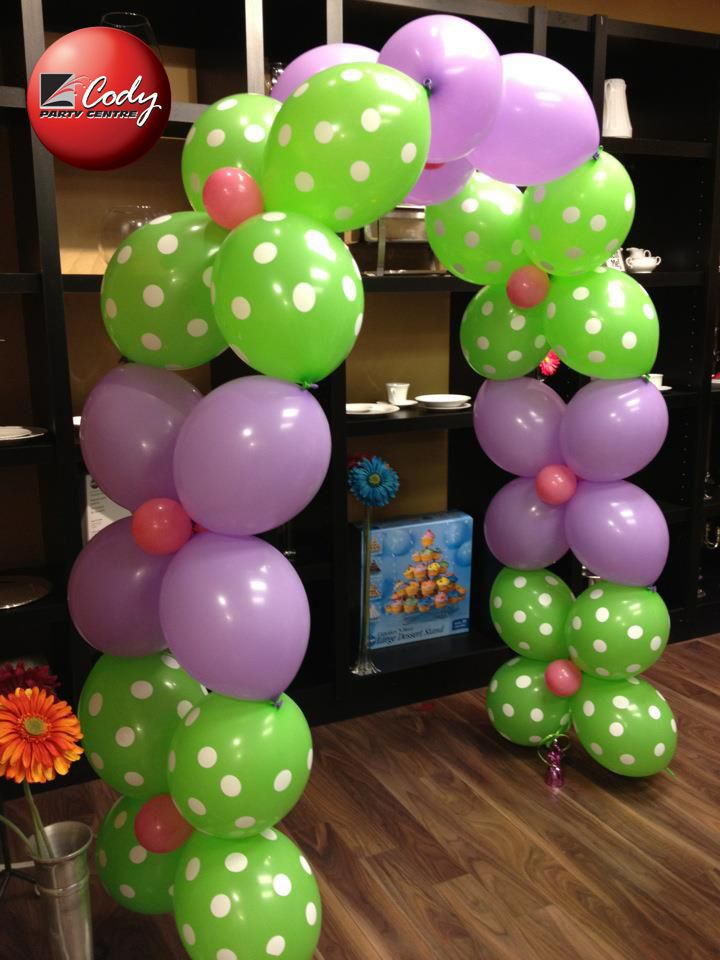 Flower Balloon arch in green and violet