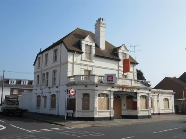 The Swan, Portsmouth. A Victorian pub that has been demolished and flats built instead.