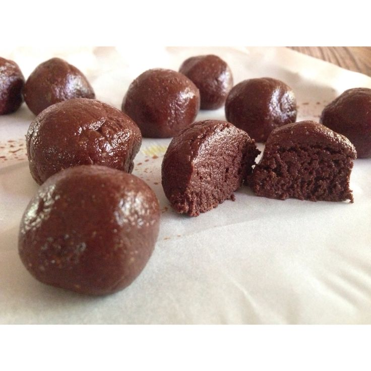Decadent Chocolate Truffles! Find my recipes at thesugarfreeteen ...