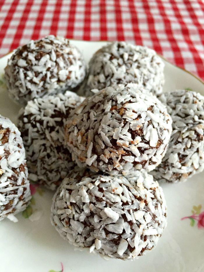 Chocolate Coconut {Bounty} Protein Bites