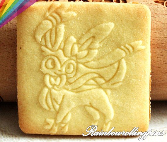Pokemon eevee evolution engraved rolling pin,Pokemon cookies,eevee evolution,Pokemon,cookie cutter