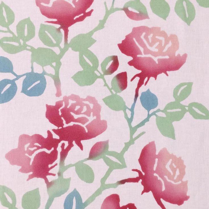 """94 Likes, 2 Comments - RINRIN (@redflatfrog) on Instagram: """"かまわぬ名古屋店限定/バラの花(色替え)。淡いピンク地に、赤〜ピンクのぼかしで染められた優しい色合いの薔薇の花。以前の、髙島屋の包装紙っぽい白地に赤い薔薇の花てぬより甘くやわらかい印象。…"""""""