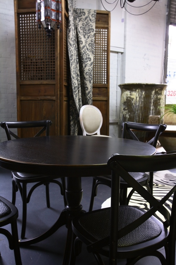 Photos Luxury and Round tables on Pinterest : 0f4866a8321beb4c3a99165cc139e612 from www.pinterest.com size 600 x 900 jpeg 169kB