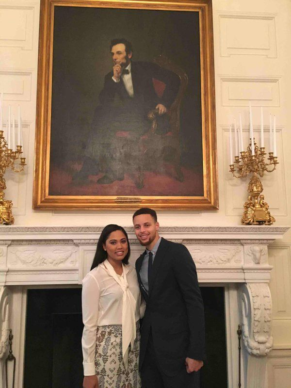 4feb2016---steph curry and wife at white house