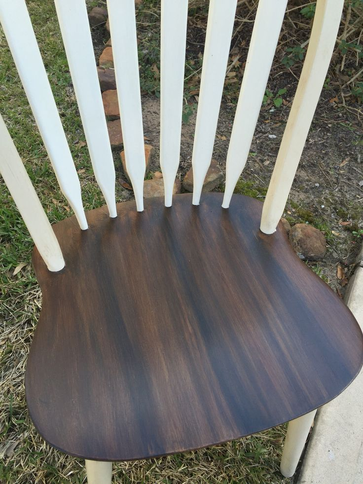 A beautiful combination of general finishes glaze colors!  I first used van dyke brown, topped with pitch black, topped with burnt umber glazes.  Absolutely love the beautiful finish.  Annie sloan chalk paint is used on the remainder of the chair.