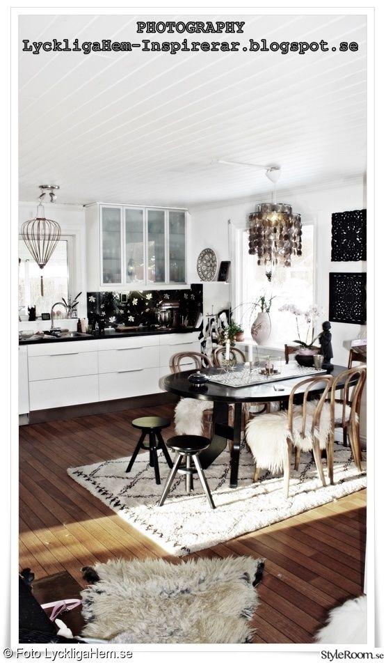 fårskinn,vita förskinn,tibetanskat skinn,trästol,thonet stol,svart pall,svart matbord,diy,kök