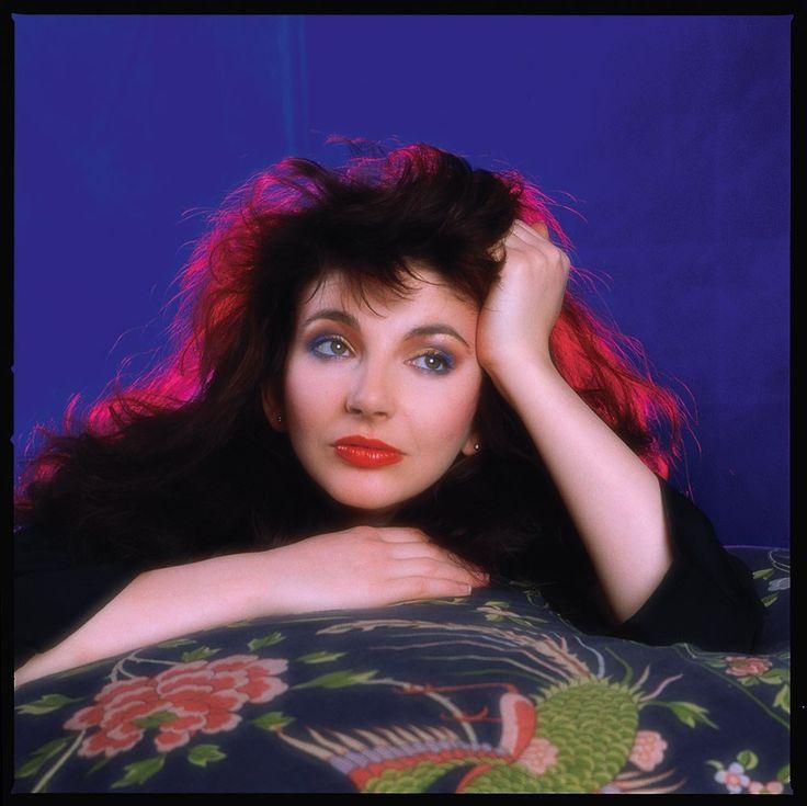 Kate Bush, 1985.