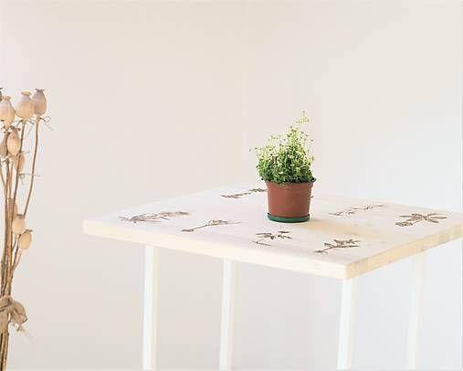 DIY handmade ChopperArt natural herbs table ChopperArt / Stolík - Z našich hôr