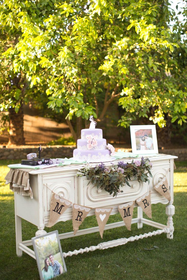 An Aqua and Lavender Wedding via TheELD.com | Amy & Jordan Photography