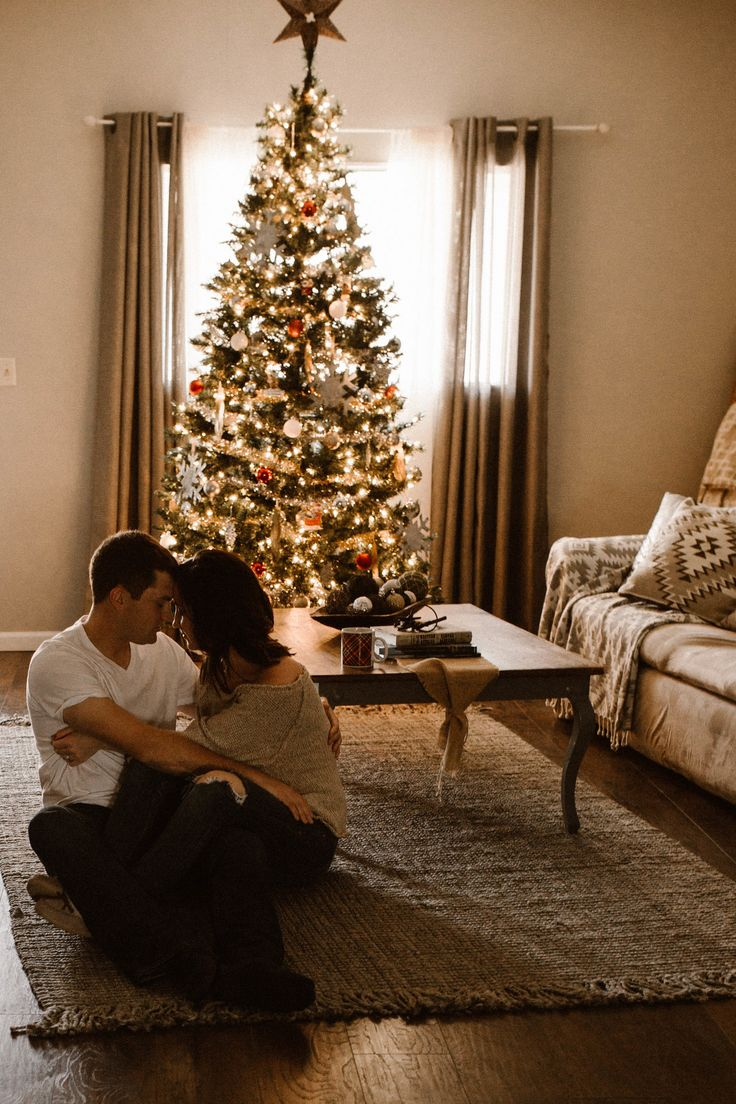 In home photography. Lifestyle photography. Couples in home session. Couples lifestyle session. Couples lifestyle photography. Lifestyle engagement photography. In home engagement photos. Josie England Photography. Christmas in home session. Christmas couples photography.