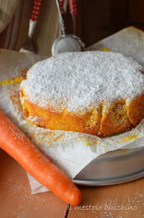 Ho comperato le carote appositamente per preparare questa torta, un classico che però non avevo mai fatto. Umida al punto giusto, supermor...