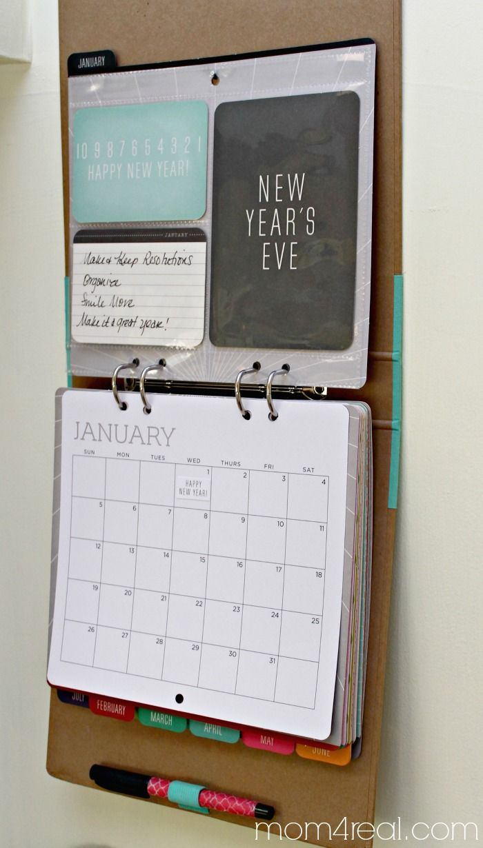 DIY Calendar ~ a reusable binder with page protectors and a dry erase marker!