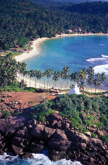 Sri lanka, Galle I think this is actually Unawatuna. Will be there in 2 weeks to check!