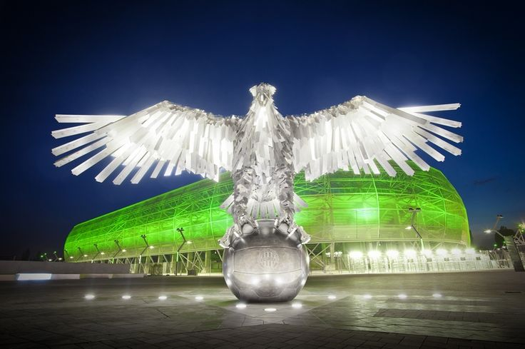 The Eagle before the stadium.