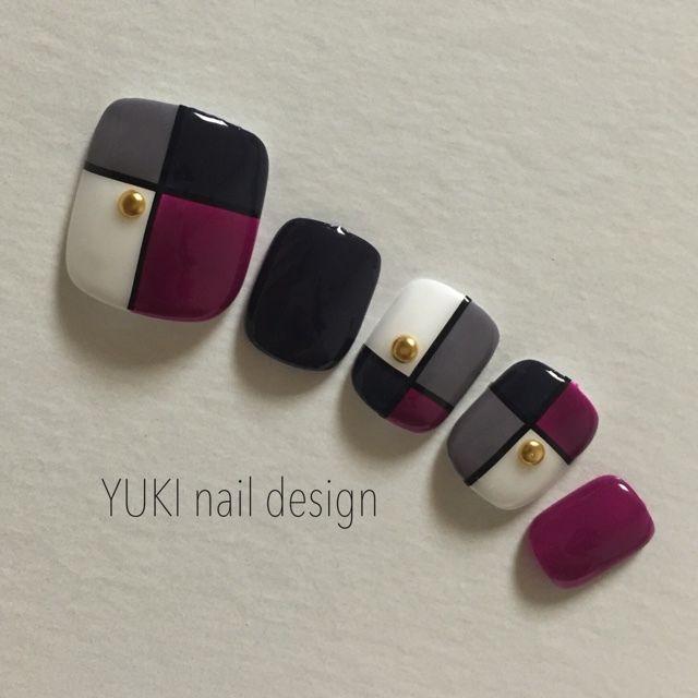 YUKI.nail.designさんのオールシーズン,グレー,春,夏,ブロック,秋,ネイビー,ピンク,チップ,フットネイル♪[1561744]|ネイルブック