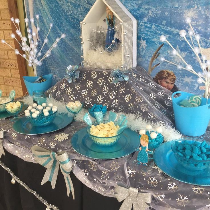 Quick little outside candy buffet for 5 year old birthday.  Little Star Parties Perth Western Australia