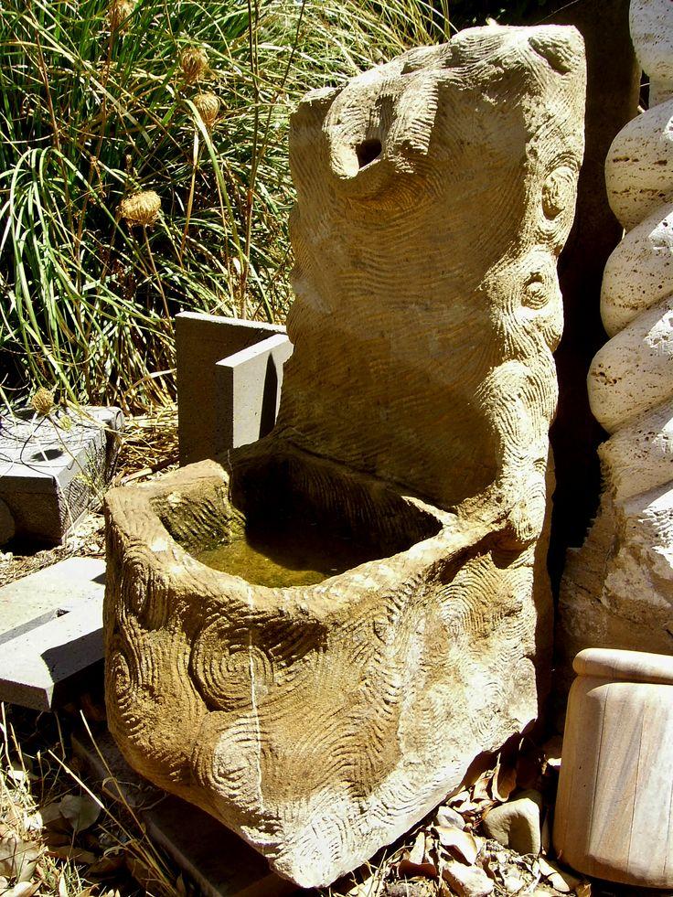 Fontana in pietra - Stone fountain by Aldo Casti Scultore