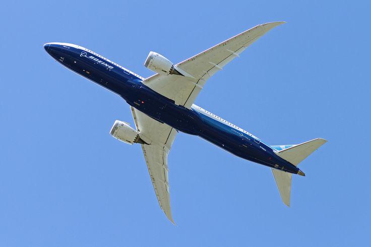 FIA Farnborough International Airshow, Farnborough EGLF. 2014/07/14
