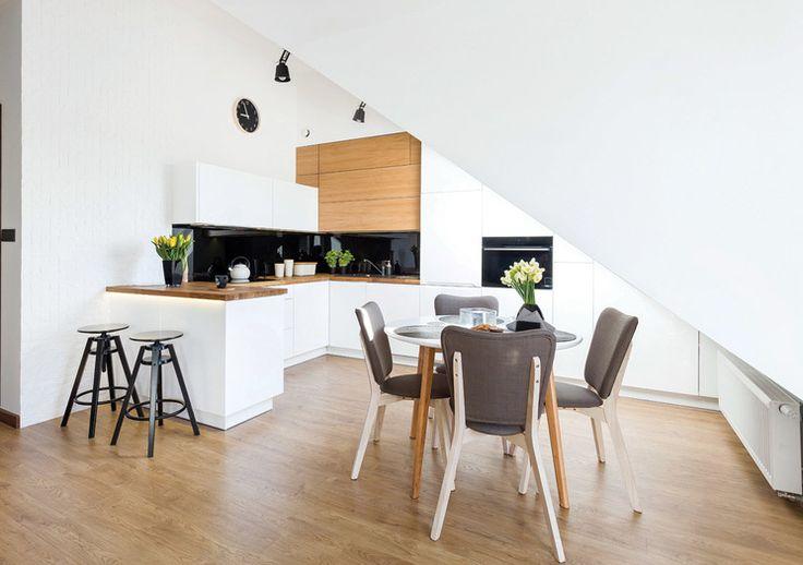 Studio Prestige BIAŁA OTWARTA KUCHNIA- Bardzo stylowa i przestronna kuchnia otwarta na salon.