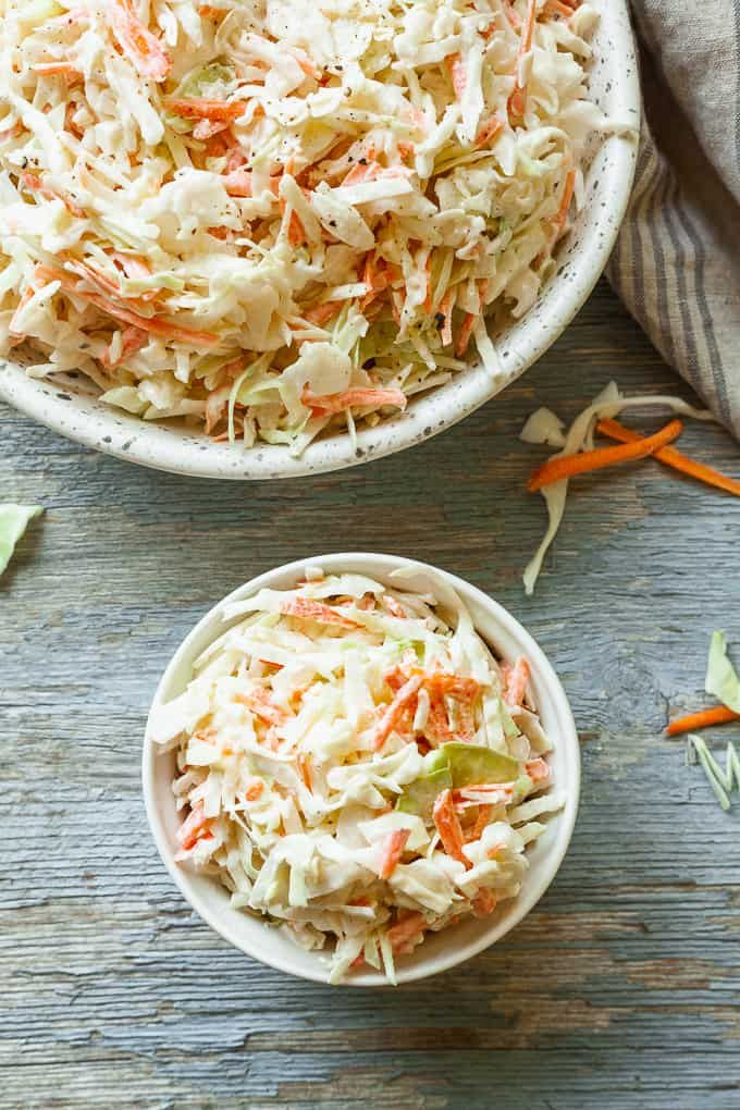 Creamy No Mayo Coleslaw Sour Cream Makes This Coleslaw Recipe Creamy Without The Use Of Mayonnaise Creamy Coleslaw Recipe Classic Coleslaw Recipe Coleslaw