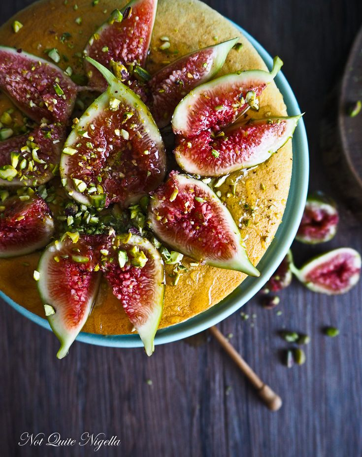 Fig Cheesecake - lighter than air and absolutely delicious. #cheesecake #figs