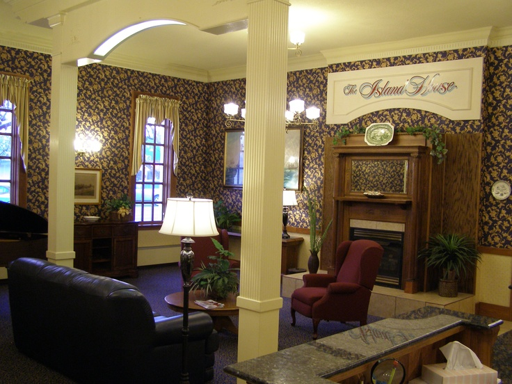 Ever Time We P I Want To Look Inside It Would Be A Place Stay Island House Hotel Port Clinton Ohio