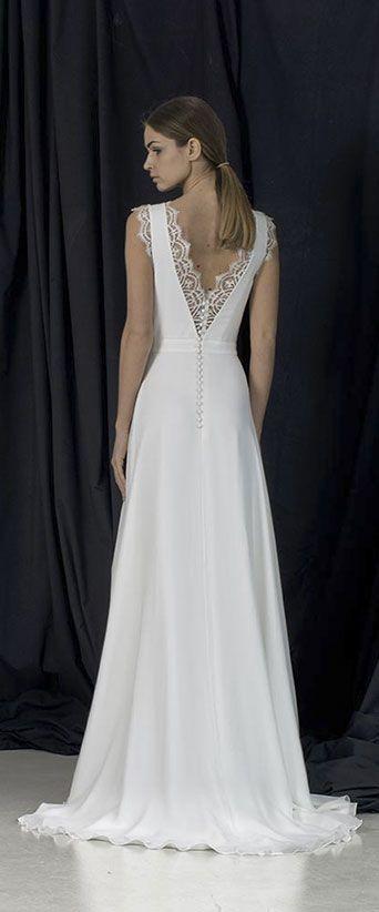 ba27fddd3fed2 Atelier de création et confection de robes de mariée haut-de-gamme, made in  France, depuis 1920