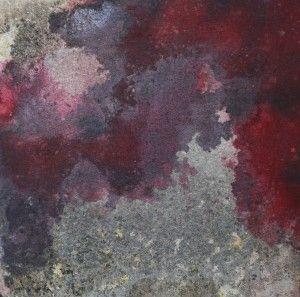 """TTOZOI Muffe naturali e pigmenti su Juta cm. 50 x 50  Informale materico,  arte concettuale e forma:  la tela è l'ambiente di una pittura inconsueta che lascia spazio all'azione della natura. Il gesto  alchemico è creare l'opera,  che i due artisti fanno in contemporanea, usando acqua, pigmenti e materia organica che nel tempo e in determinate condizioni genera """"muffe"""". Ma saranno gli artisti (Forgione e Rossi) a interrompere il processo , ispirato emozionalmente al risultato estetico."""