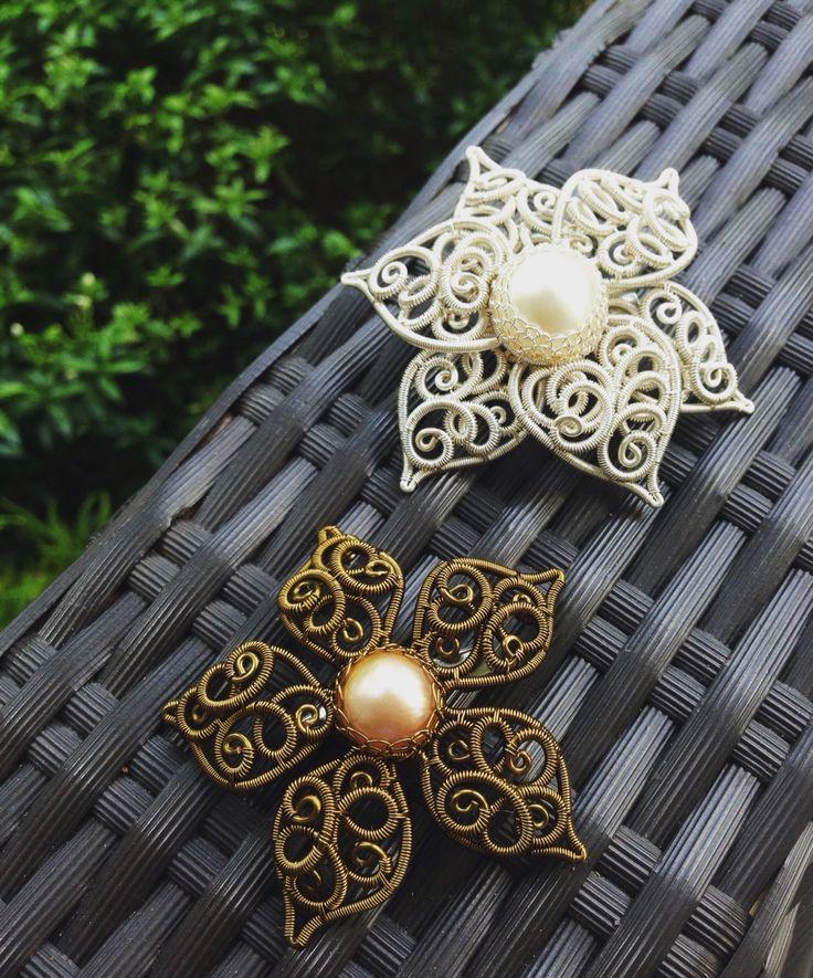 My latest collection!  #brooch #wirejewelry #wire #jewelry #madeinIndonesia #designbyAdis #handmade #BlingsJewelry #FiBiJewelry