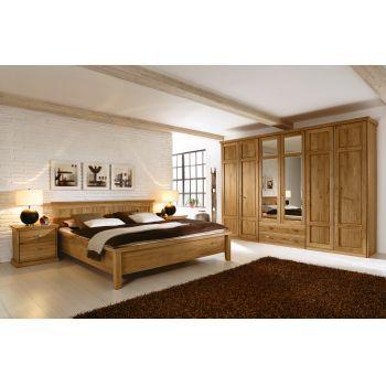 Dormitor din lemn masiv si furnir Piano complet Setul Piano este un dormitor cu un design clasic si elegant, texturat in stejar salbatic, construit cu o atentie deosebita la detalii