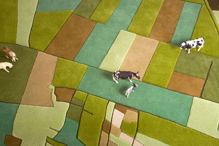Showing the World from Straight Above | http://www.designrulz.com/product-design/floor/2011/10/modern-rug-inspired-by-nature/