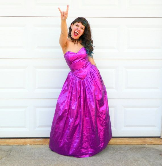 1980s Vintage Gunne Sax Purple Metallic Prom Dress Strapless Sweetheart Purple Glitter Ballgown Bustle with Black Petticoat Size Small