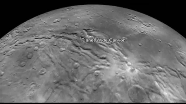video nasa: Vuela sobre Caronte, la luna más grande de Plutón   Ciencia   EL PAÍS