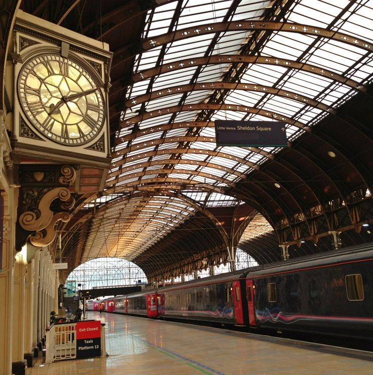 London Paddington Railway Station (PAD) in Paddington, Greater London