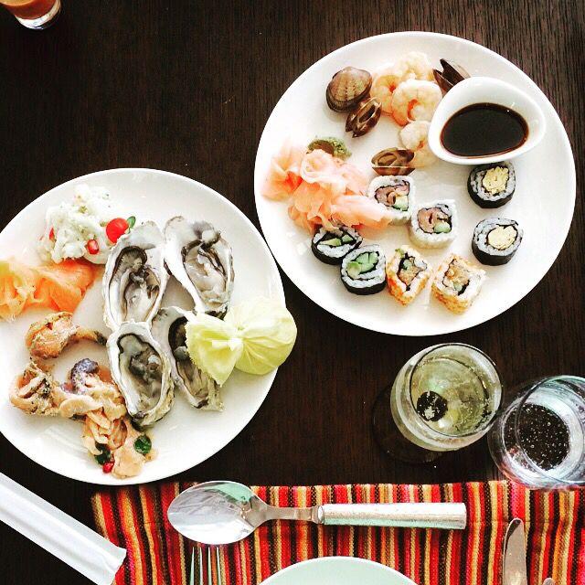 Brunch time! Sea food!