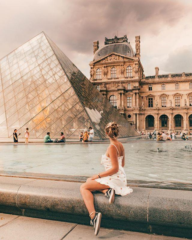 PARIS, FRANCE. LOURVE MUSEUM. Trendy travel …