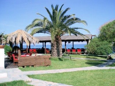 A little of the beaten track is TAM TAM Beach and Restaurant where you can relax and take it easy on #Kos2014 http://www.kosexplorer.com/place/tam-tam-beach-restaurant/