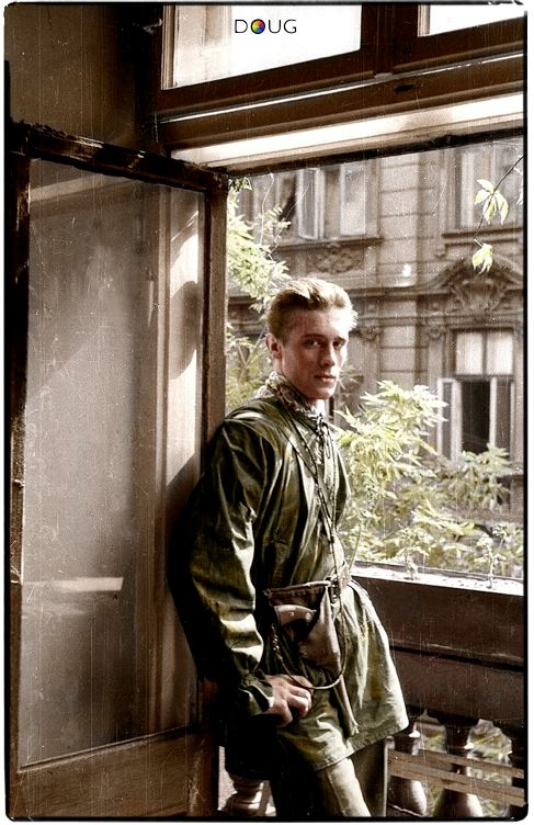 """Wiesław Chrzanowski """"Wiesław"""" was a commander of the 2nd platoon of """"Anna"""" company from """"Gustaw"""" battalion during the Warsaw Uprising in August to October 1944."""