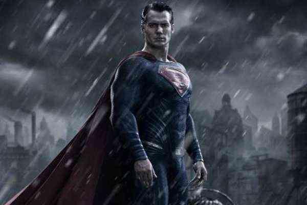 Este es el nuevo traje de Superman para 'Batman v Superman: Dawn of Justice' - Voxpopulix.com