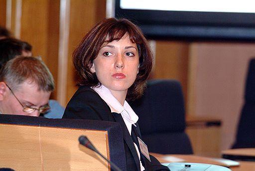 Ольга Расулова: «Социальные медиа — это дорога с двусторонним движением в отличие от медиа традиционных, которые в основном лишь вещают своим потребителям»