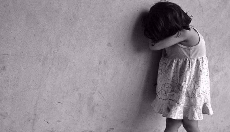 Una niña denunció violencia familiar: La nena de 9 años se presentó en una comisaría de Santiago del Estero. #SantiagoDelEstero #Violencia…