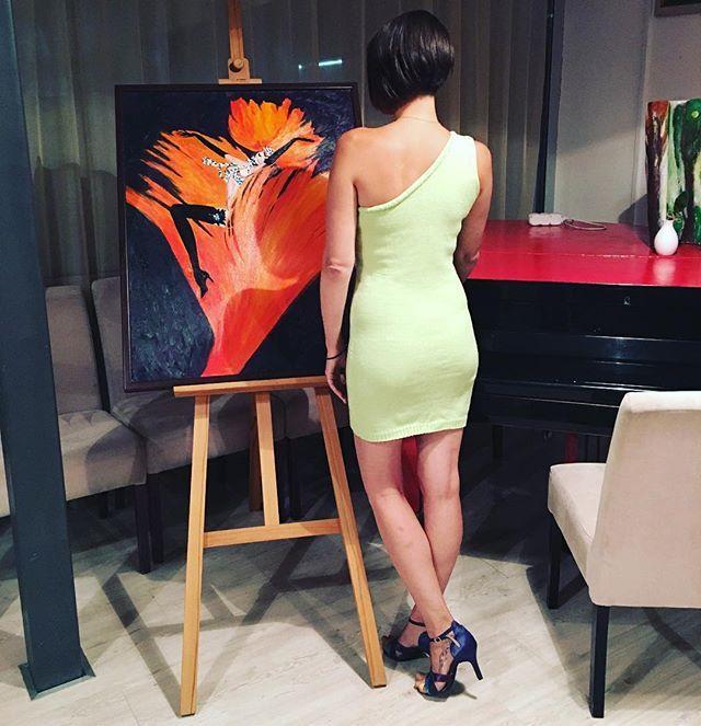 Даже мои скромные формы в нем просто ням!  100% итальянский хлопок  Размер 42/44 Можно заказать! #танцы #платьеназаказ #платьемечты #платье #липовое