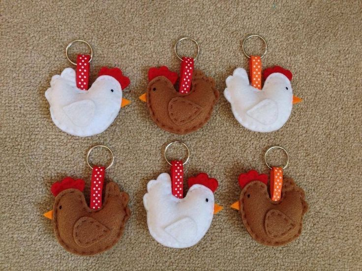 Chicken Keyrings Available Online To Buy From Chilli Pepper Felt For A Great Deal On Chicken Keyrings Or Any Other Unique Handmade Craft Gifts And Creative Gift Ideas Visit Stallandcraftcollective.co.uk #1137