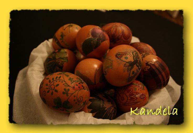 decoupaged eggs, by Kandela