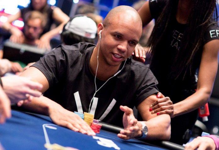 Итоги 2015: плохой год для Айви, отличный для Блума.  Не так давно казалось, что за виртуальным покерным столом Фила Айви (Phil Ivey) практически невозможно остановить. Тем не менее, за текущий год 39-летний профессионал проиграл приблизительно $3.7 млн и практически неизб