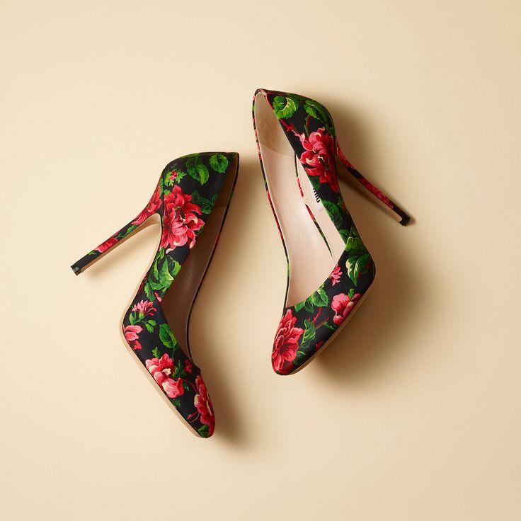 Miu Miu Blk/Grn/Red Floral Heels                              …
